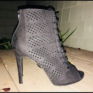 NEW LOOK black sexy hip heeled boots size 8